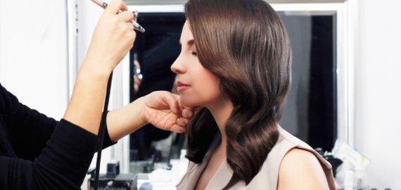 Make-Up Lounge